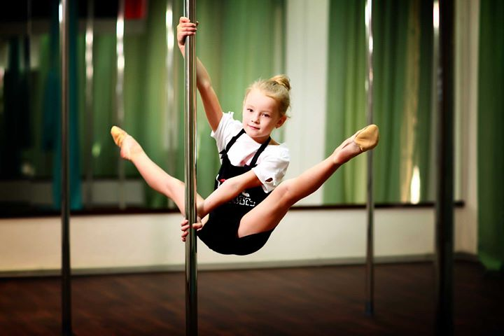 Pole Acrobatica Junior